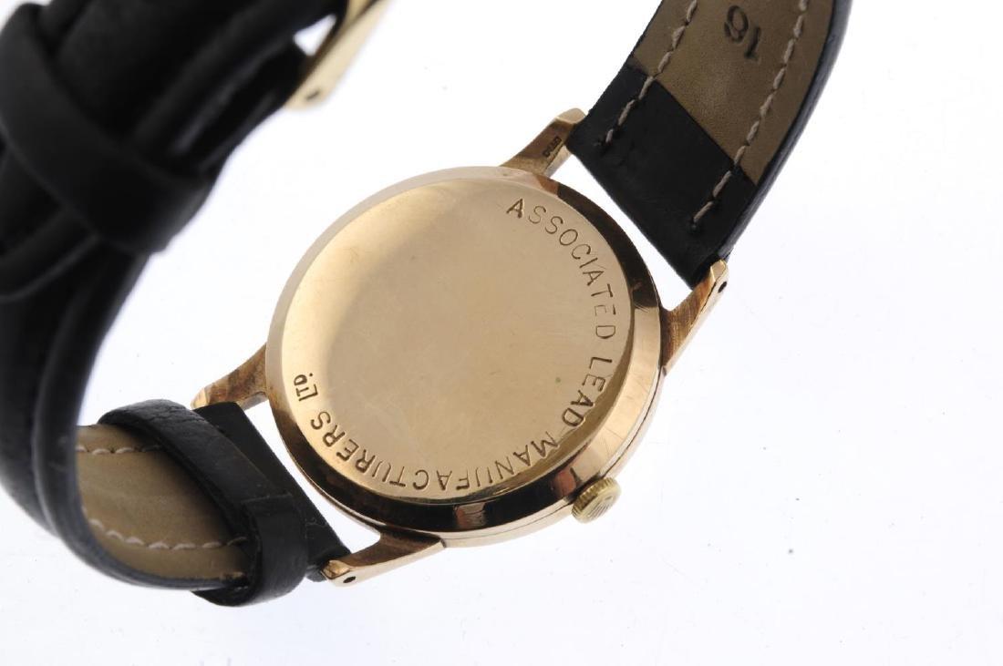 TUDOR - a gentleman's Royal wrist watch. Yellow metal - 3