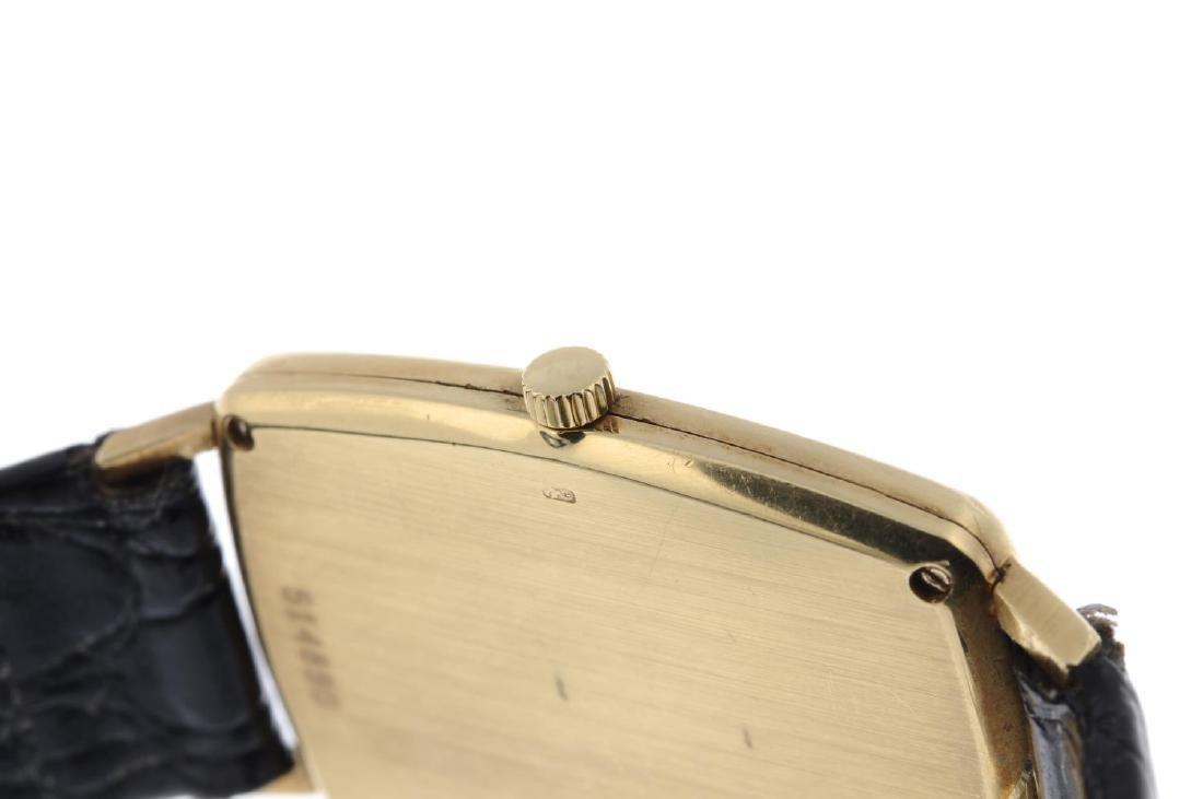 VACHERON CONSTANTIN - a gentleman's wrist watch. Yellow - 2