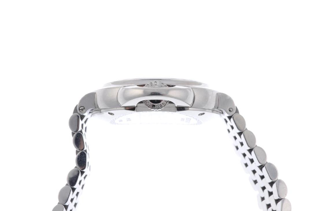BEDAT & CO. - a lady's No. 8 bracelet watch. Stainless - 3