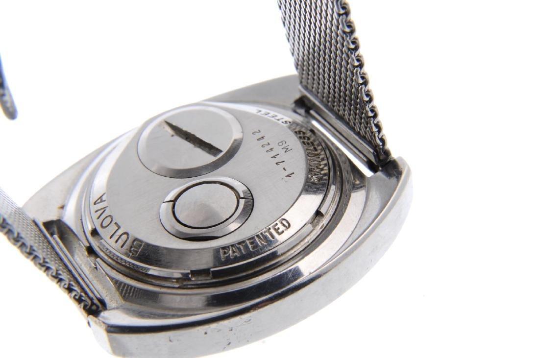BULOVA - a gentleman's Accutron Spaceview bracelet - 3