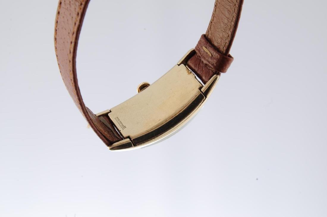 GRUEN - a gentleman's Curvex wrist watch. Gold filled - 3