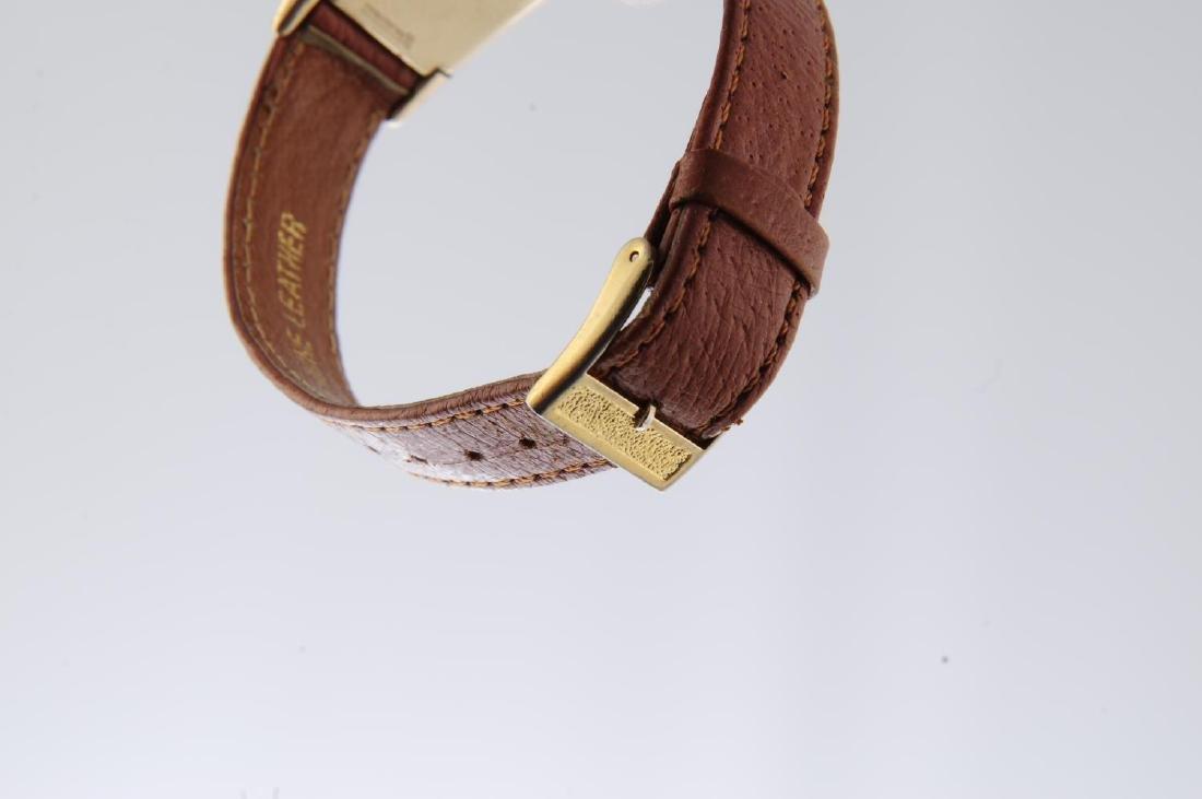 GRUEN - a gentleman's Curvex wrist watch. Gold filled - 4
