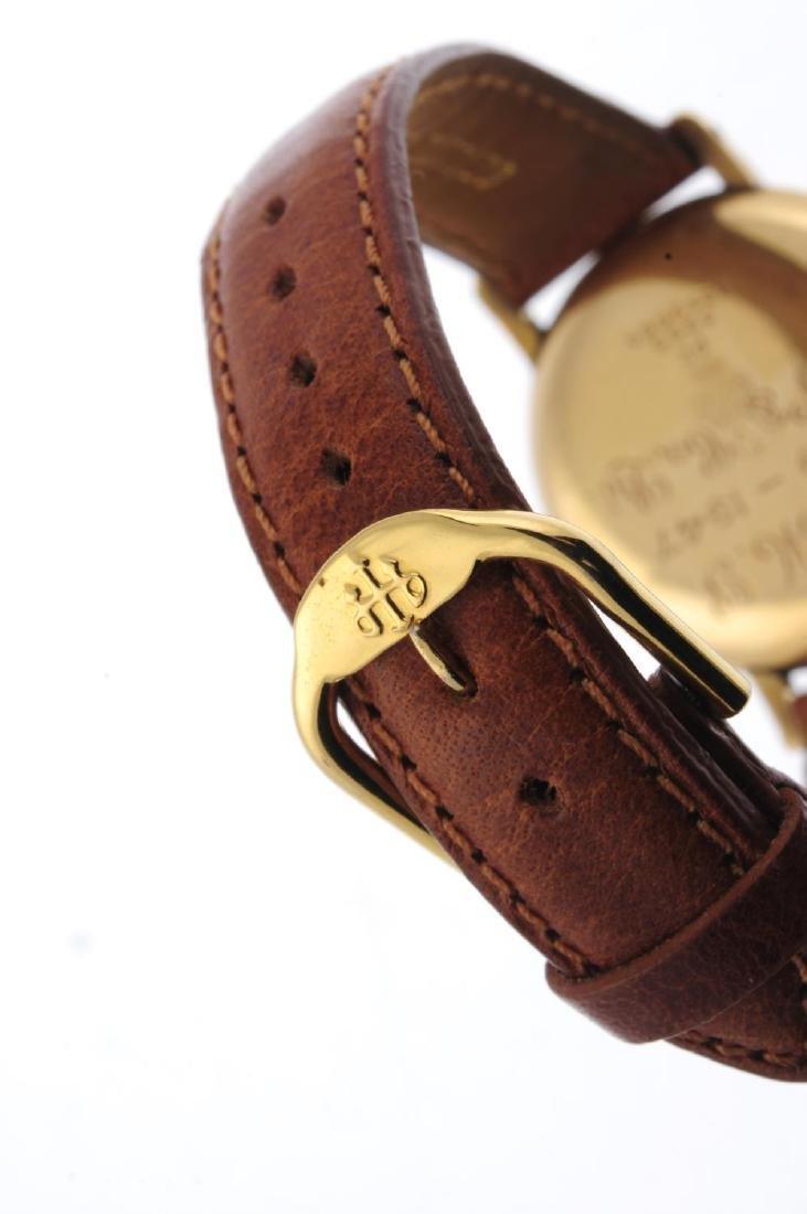 HELVETIA - a gentleman's wrist watch. Yellow metal case - 2