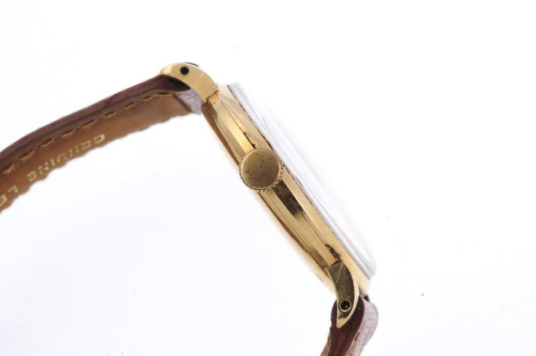 HELVETIA - a gentleman's wrist watch. Yellow metal case - 4