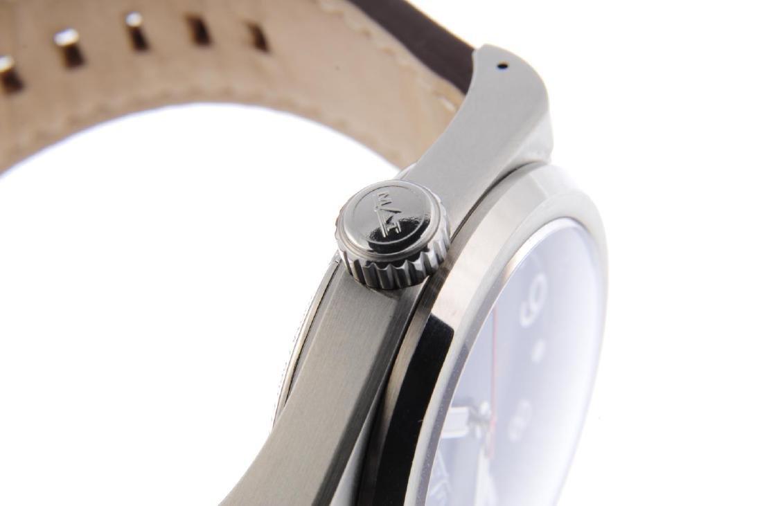 MAT - a limited edition gentleman's Urban Ops XL wrist - 4