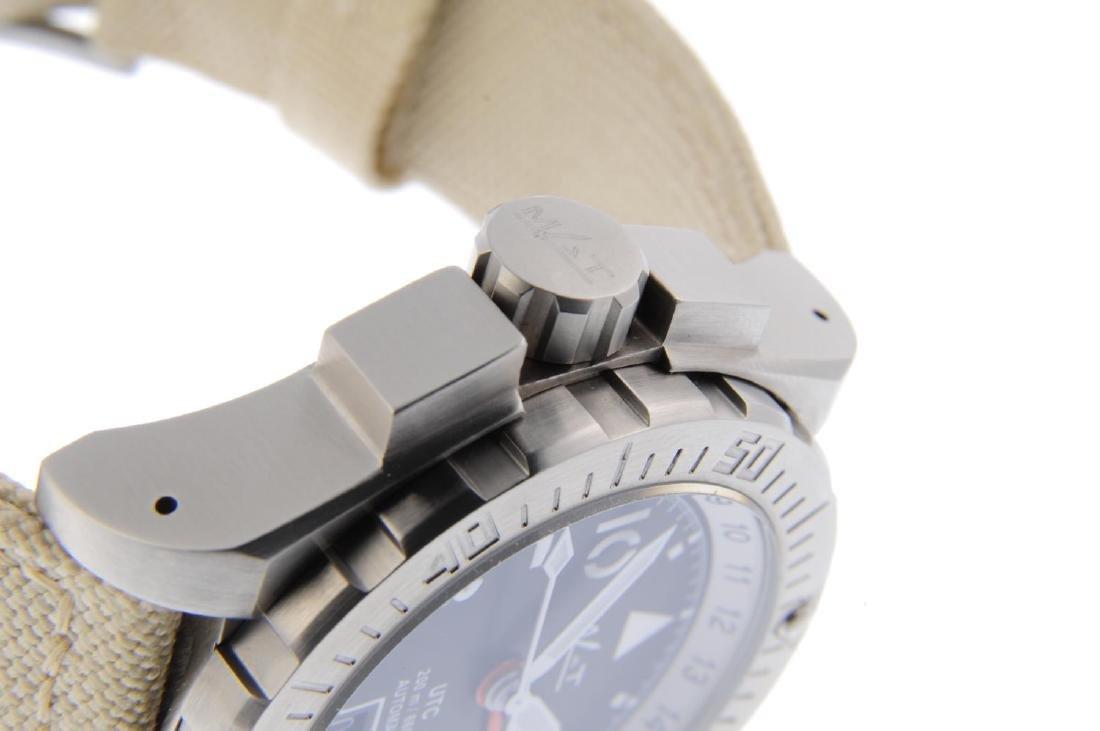 MAT - a limited edition gentleman's UTC Pilot wrist - 4