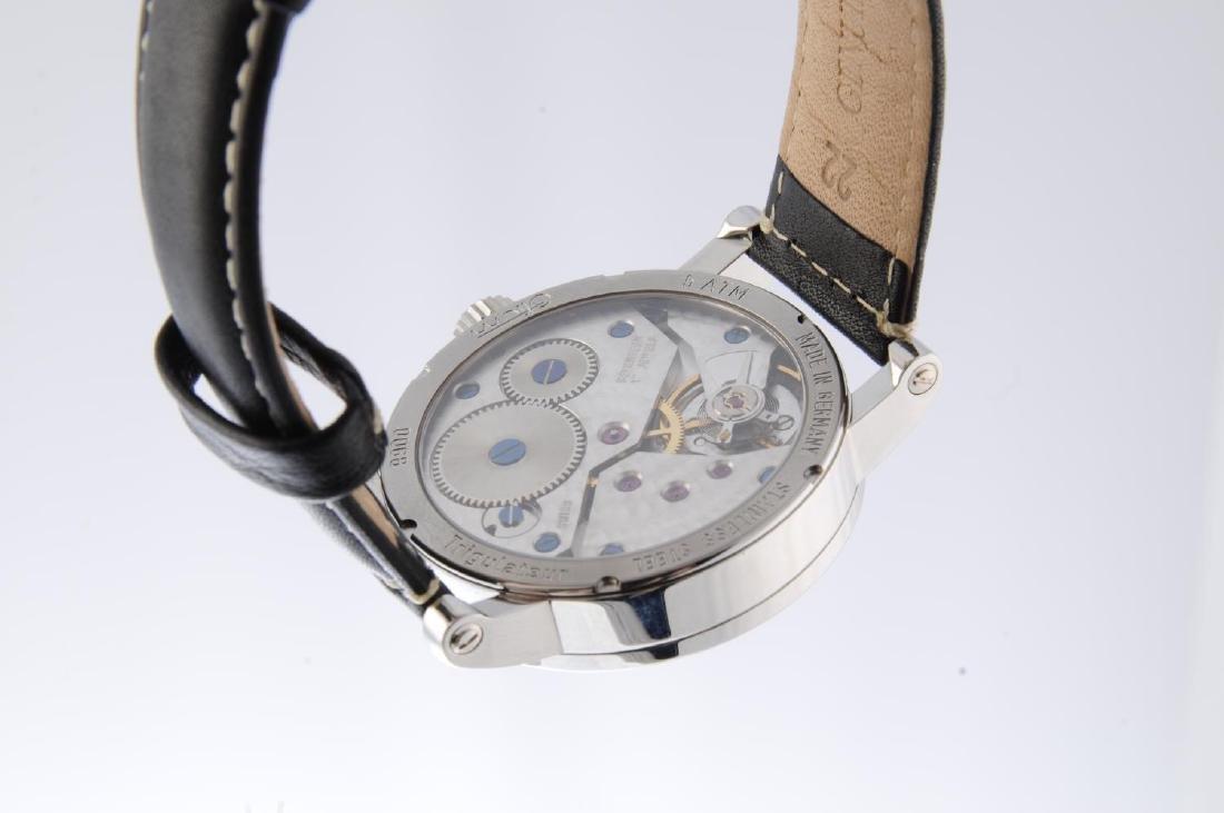 OTIUM - a gentleman's Trigulateur wrist watch. - 3