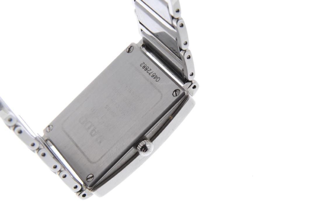 RADO - a mid-size DiaStar bracelet watch. Ceramic - 3