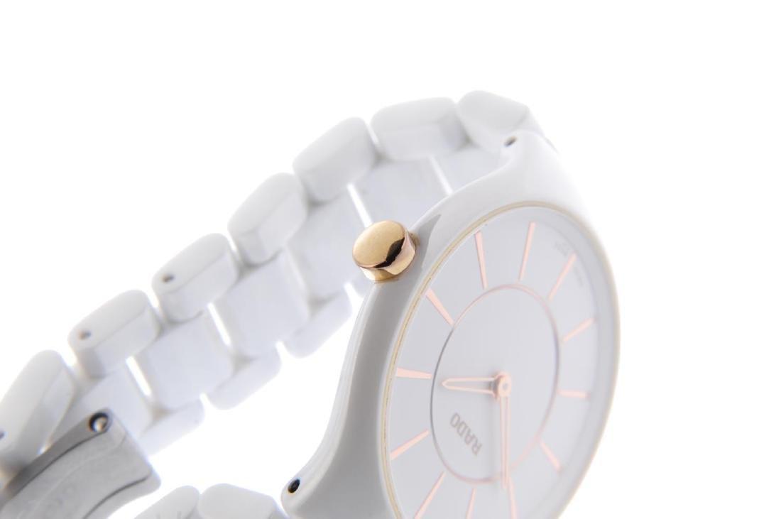 RADO - a lady's True Thinline bracelet watch. White - 4