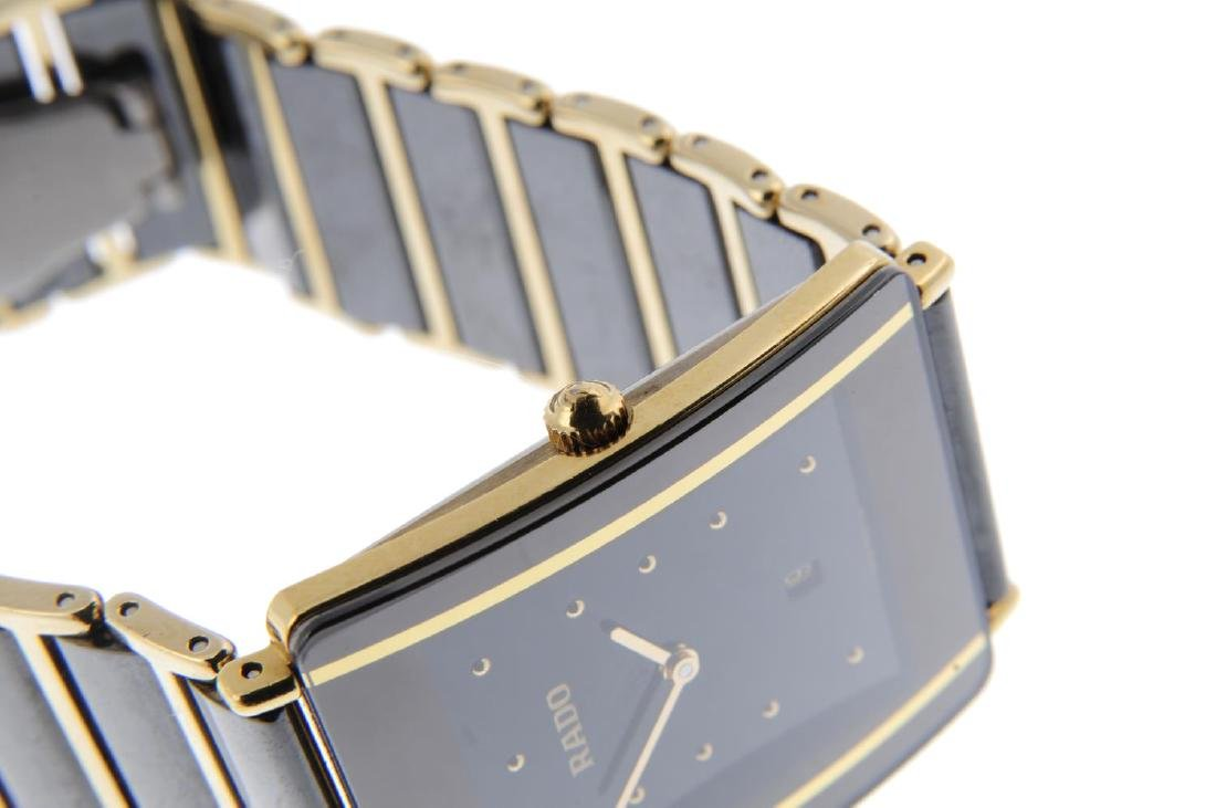 RADO - a gentleman's DiaStar bracelet watch. Gold - 4