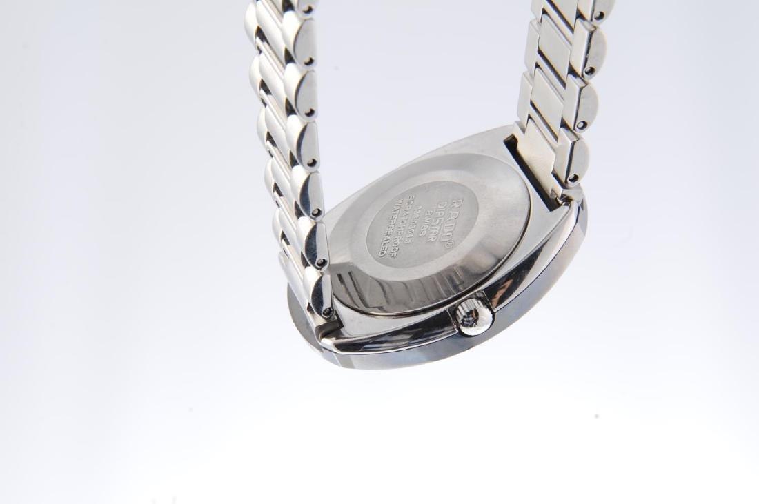 RADO - a gentleman's DiaStar bracelet watch. - 3