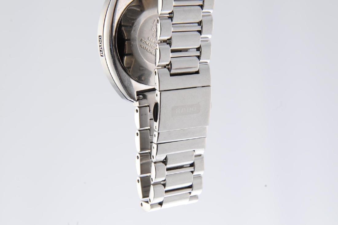 RADO - a gentleman's DiaStar bracelet watch. - 4