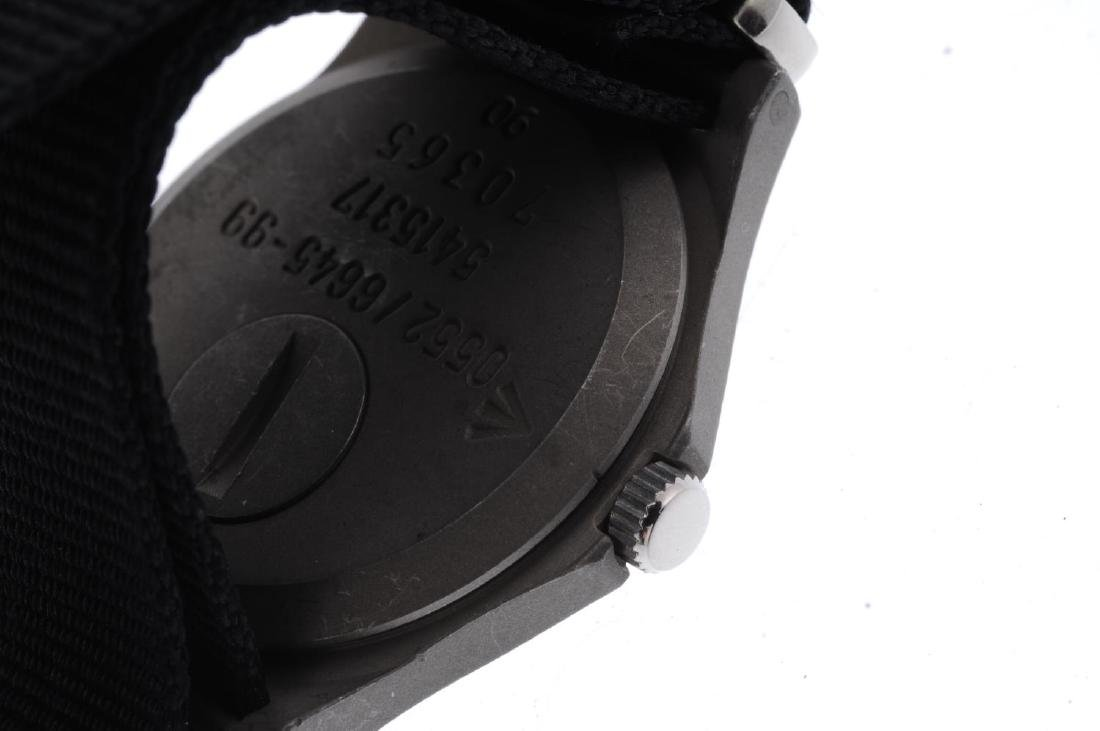 CWC - a military issue wrist watch. Stainless steel - 3