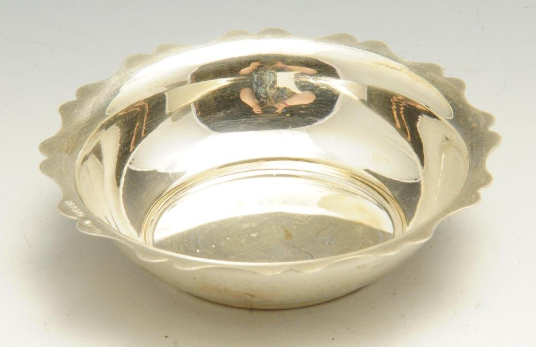 A 1930's silver sauce boat, of plain typical form with - 4