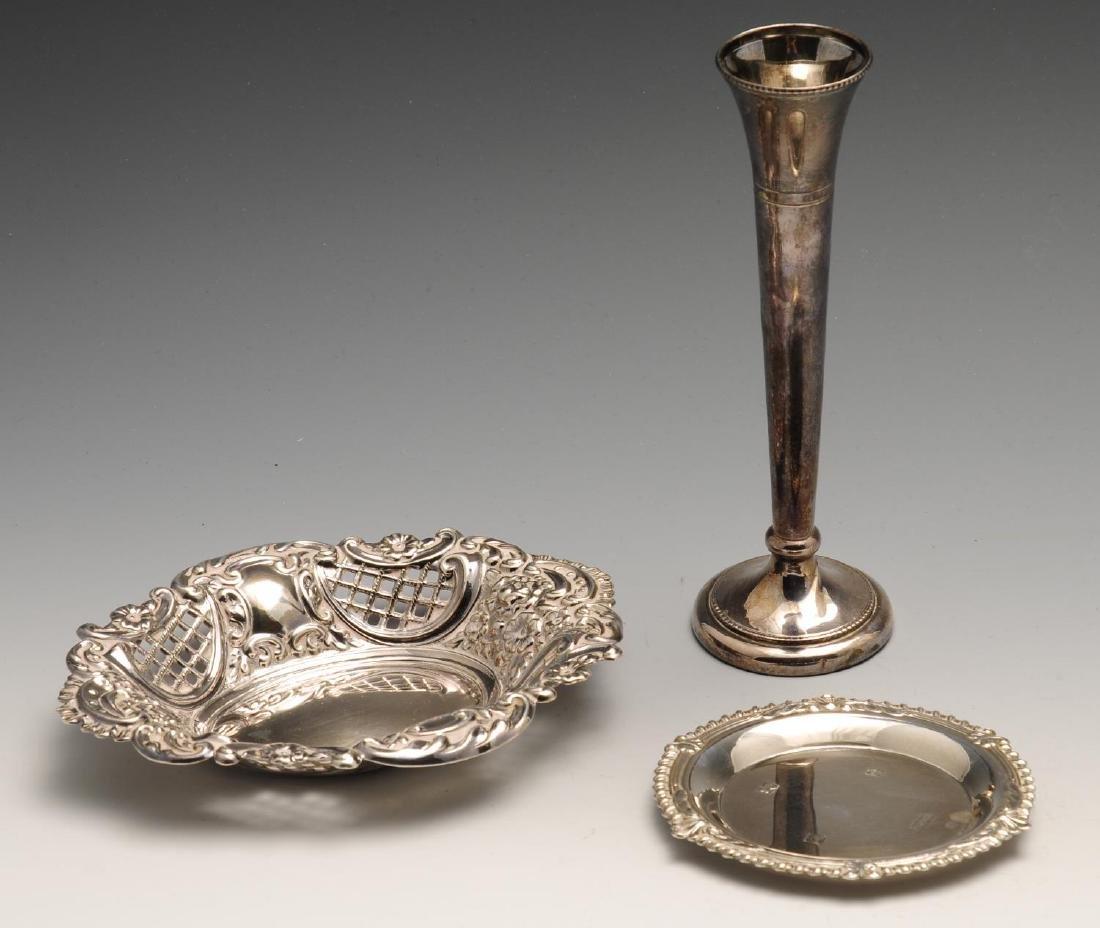 Two similar modern silver waiters, each of plain - 4