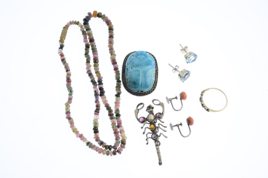 A selection of jewellery. To include a pair of enamel - 3