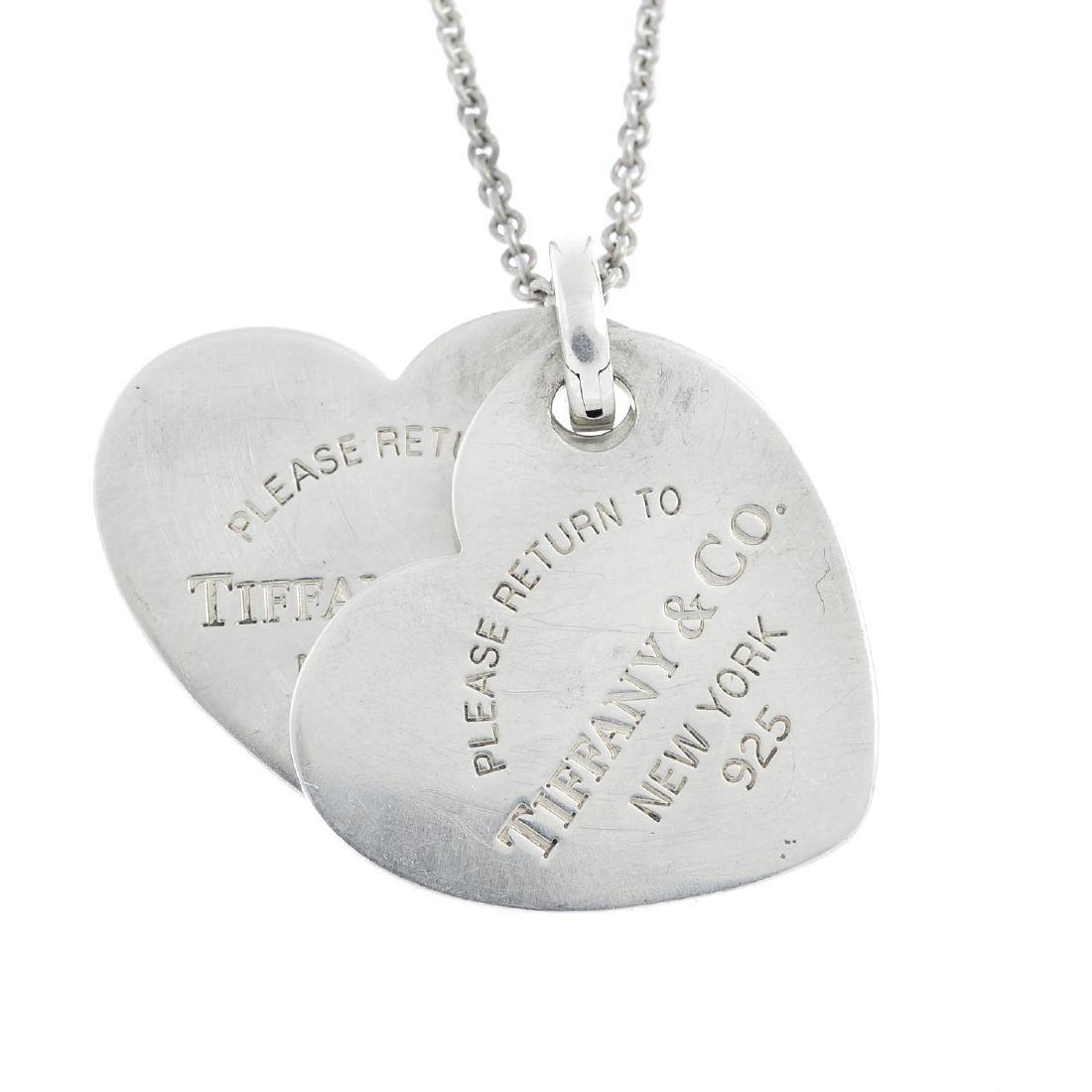 TIFFANY & CO. - a 'Return to Tiffany' necklace.