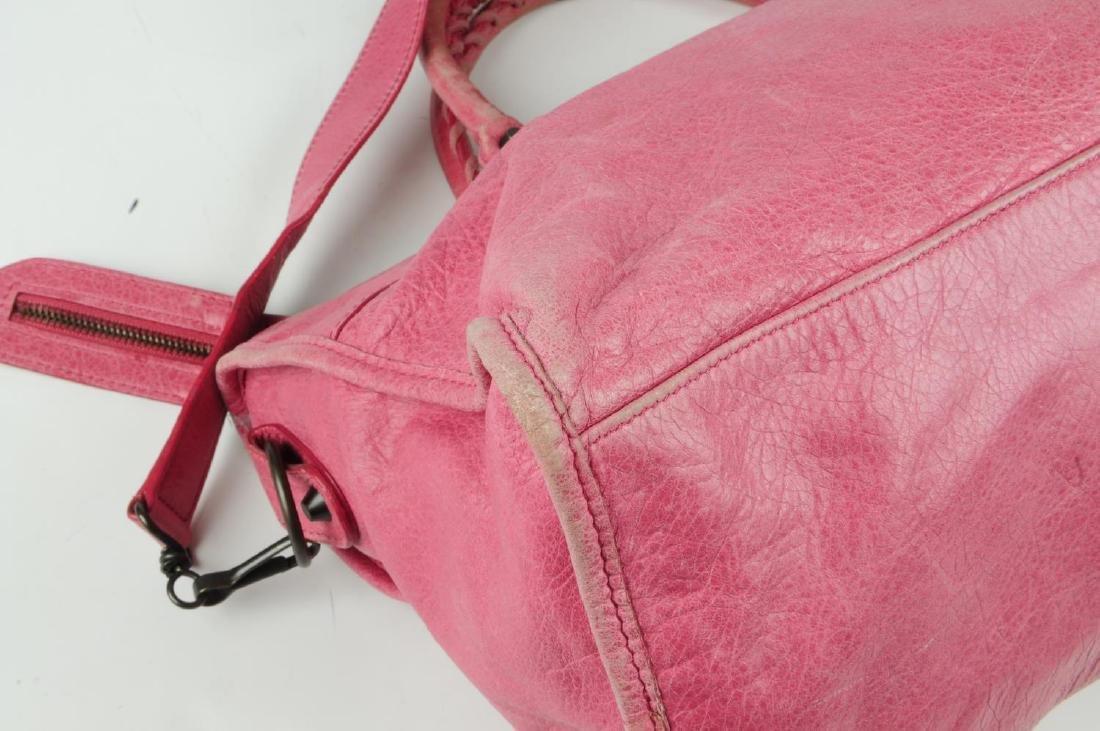 BALENCIAGA - a pink Part-Time handbag. Crafted from - 10