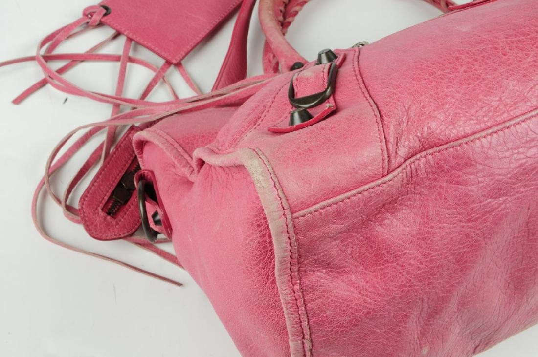 BALENCIAGA - a pink Part-Time handbag. Crafted from - 4