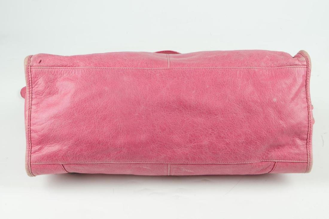 BALENCIAGA - a pink Part-Time handbag. Crafted from - 7