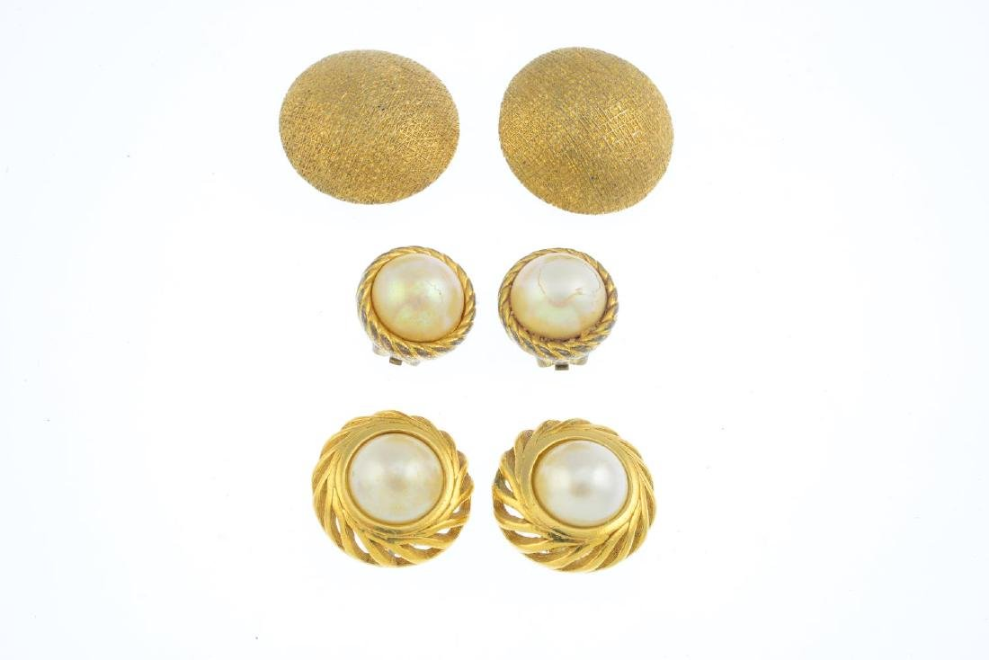 CHRISTIAN DIOR - three pairs of earrings and a brooch. - 3