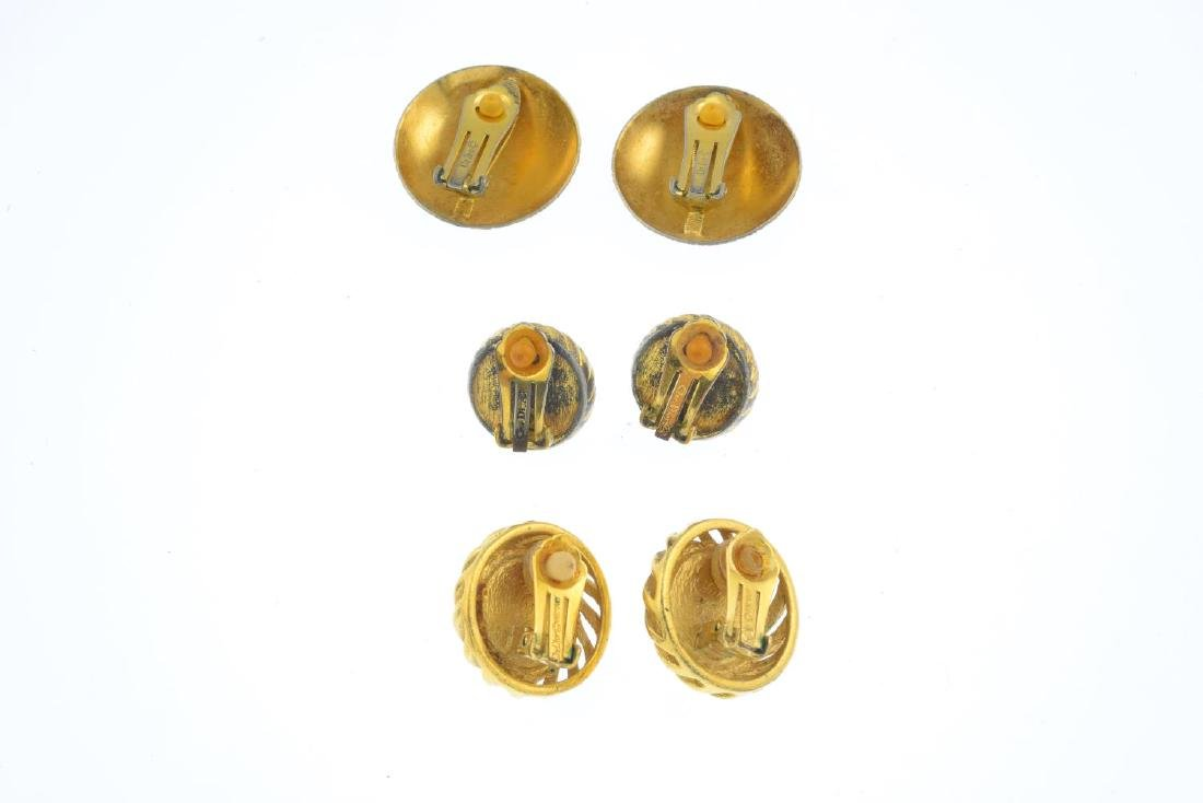 CHRISTIAN DIOR - three pairs of earrings and a brooch. - 4
