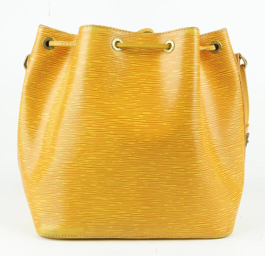 LOUIS VUITTON - a yellow Epi Petite Noe bucket handbag. - 3