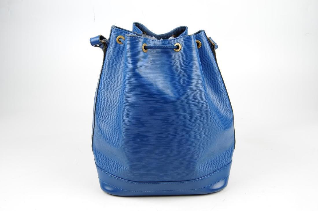 LOUIS VUITTON - a blue Epi Noe GM bucket handbag. - 2