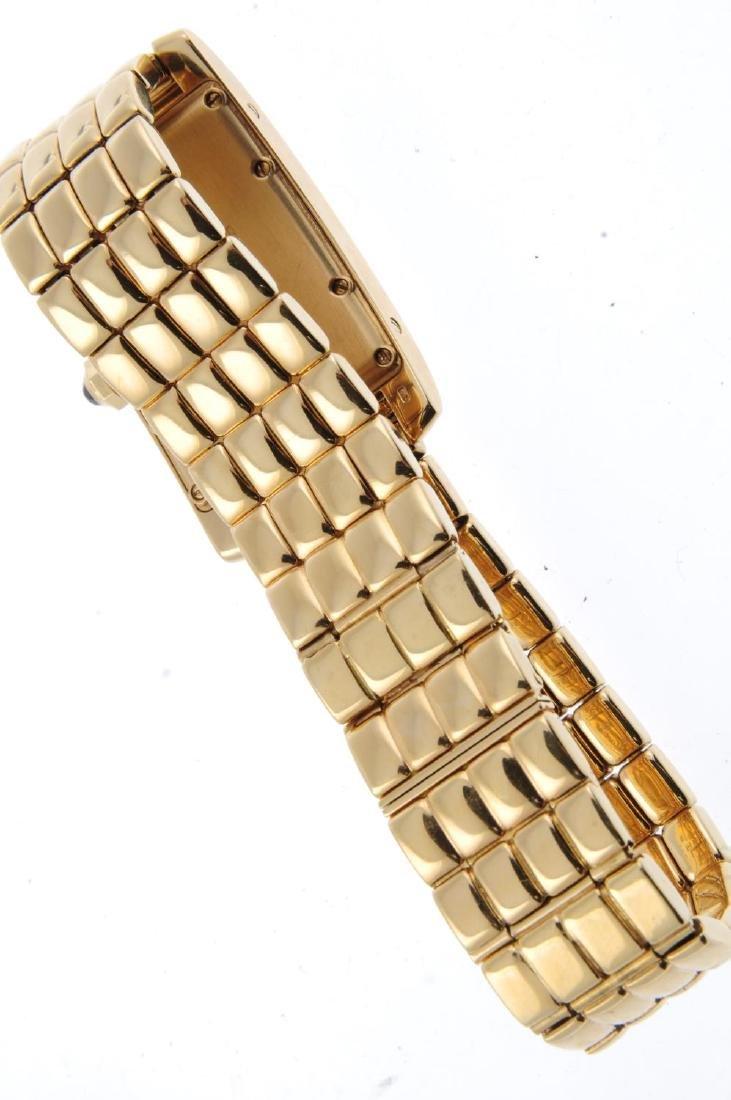 CARTIER - a Tank Américaine bracelet watch. 18ct yellow - 2