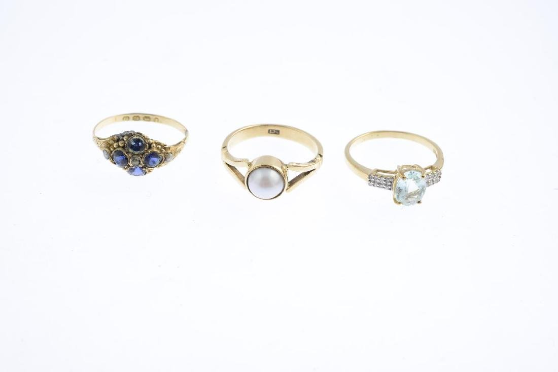 Three 9ct gold gem-set rings. To include a prasiolite - 3