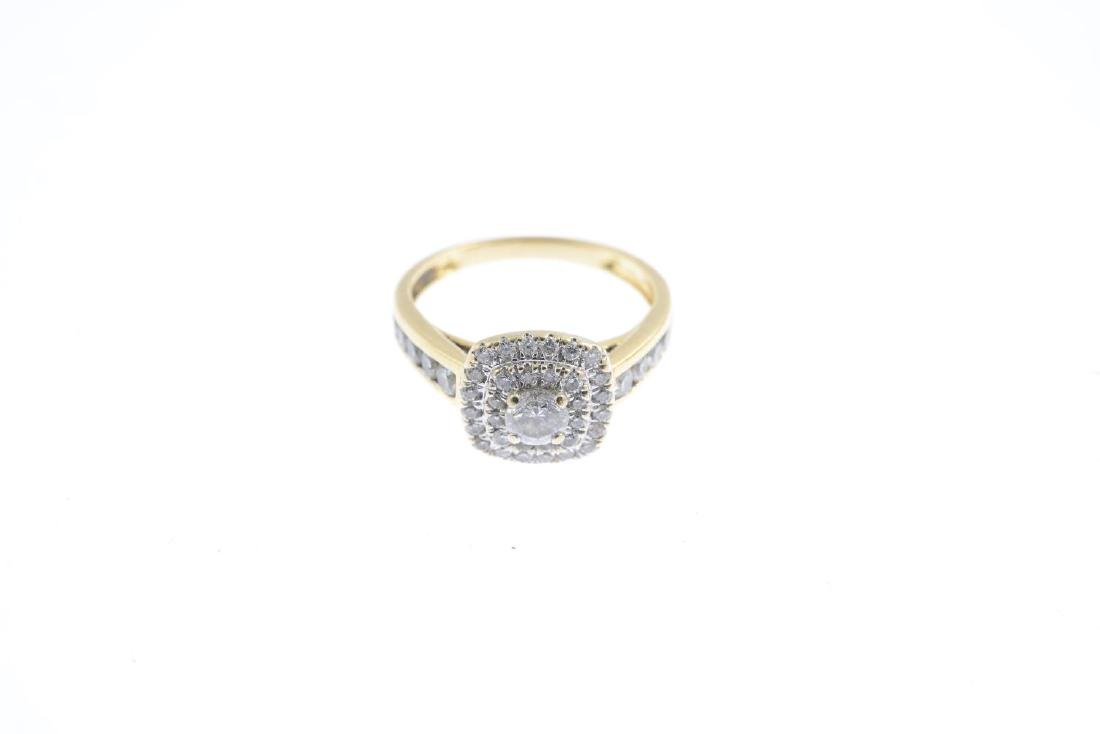 An 18ct gold diamond cluster ring. The brilliant-cut - 3