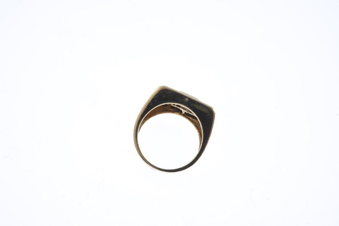 A gentleman's 9ct gold sapphire and diamond ring. Of - 2