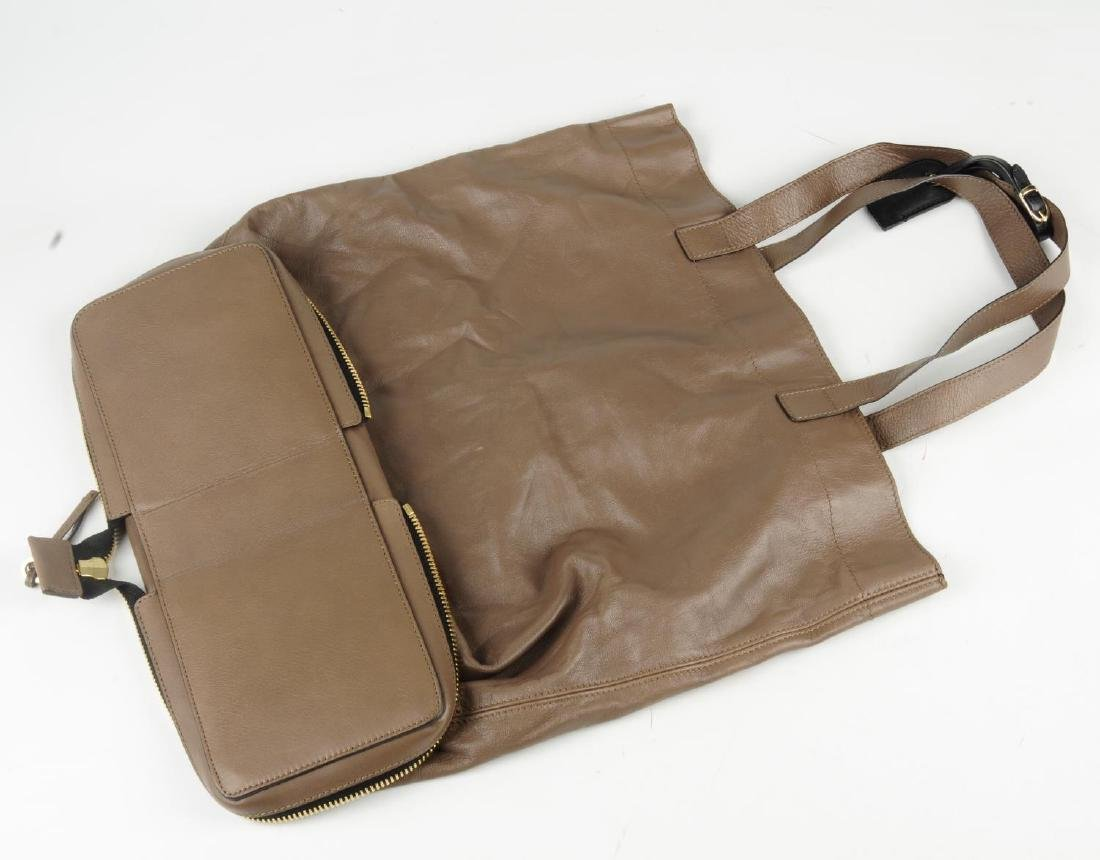 CHLOÉ - a leather Ellen tote. Crafted from taupe brown - 5