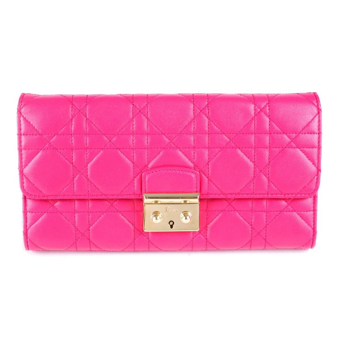 CHRISTIAN DIOR - a Cannage Miss Dior Wallet On Chain