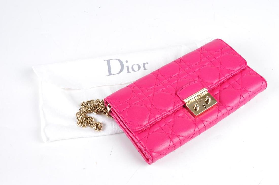CHRISTIAN DIOR - a Cannage Miss Dior Wallet On Chain - 3