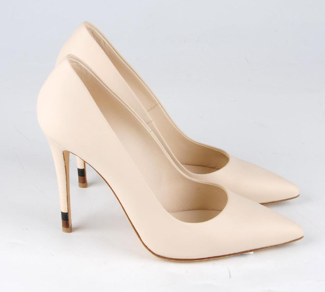 FENDI - a pair of nude pink calfskin leather court - 2