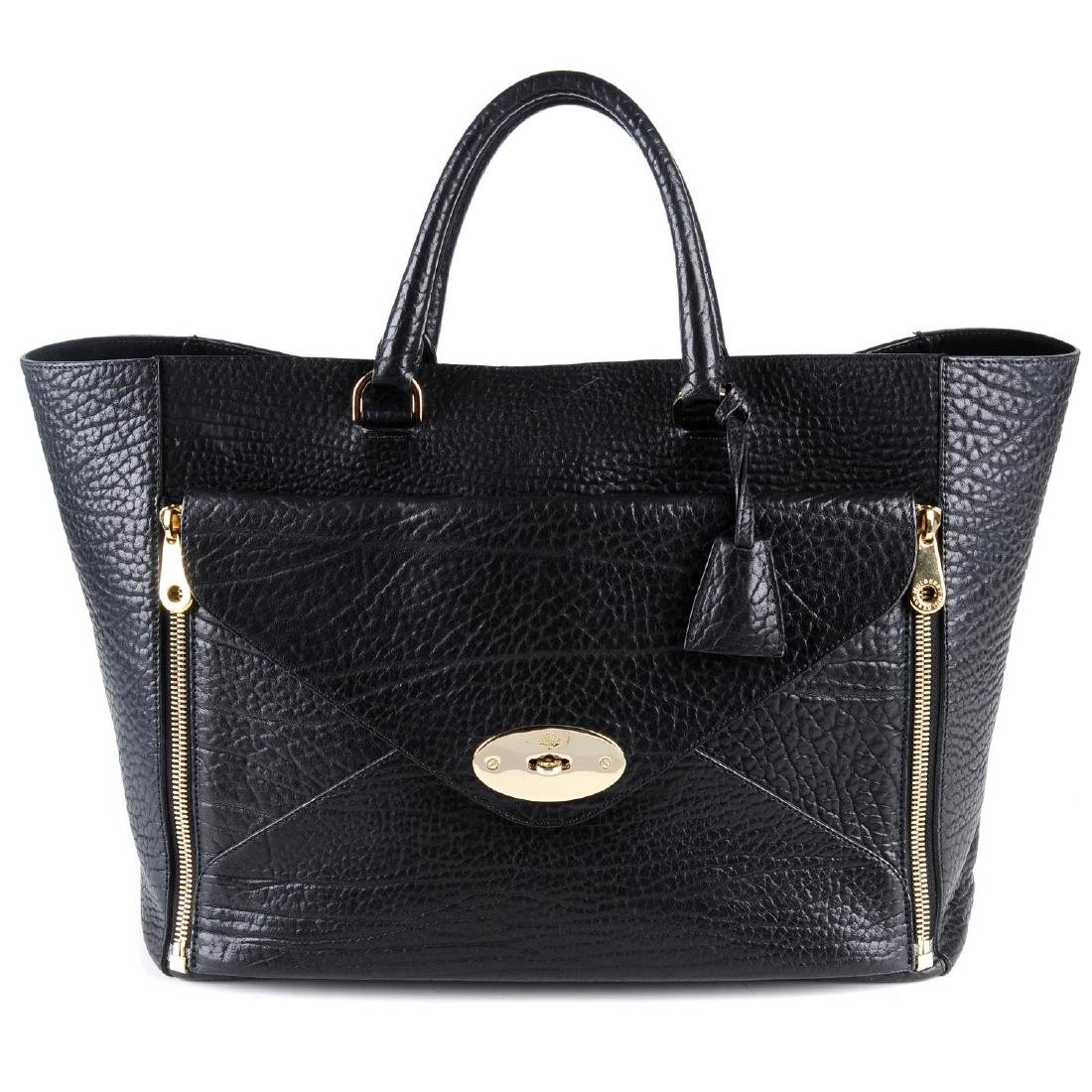 MULBERRY - a large Willow Tote handbag. Crafted from