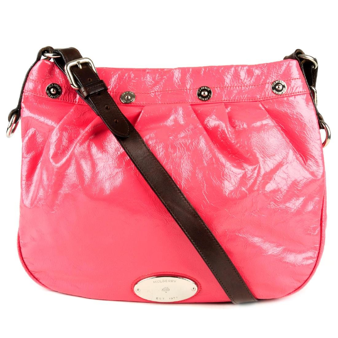 MULBERRY - a pink patent leather handbag. Featuring a