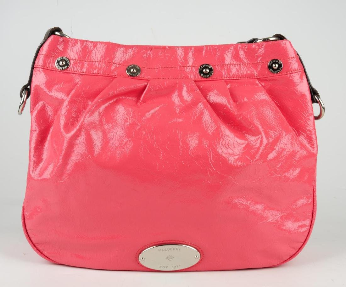 MULBERRY - a pink patent leather handbag. Featuring a - 2