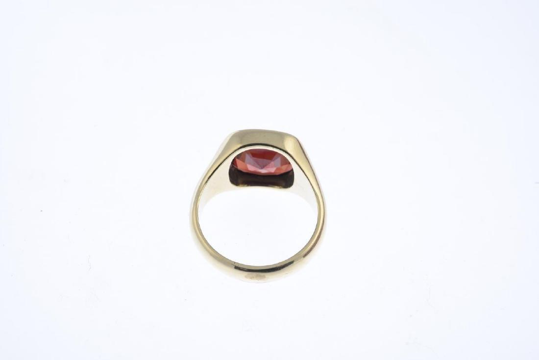 A 9ct gold garnet signet ring. The cushion-shape - 2