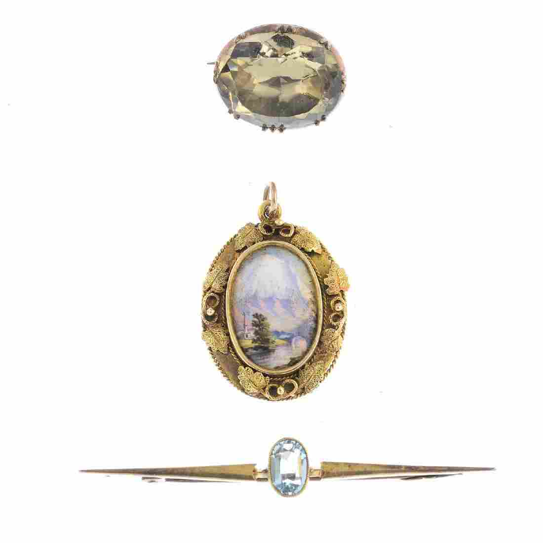 A selection of gold jewellery. To include a late