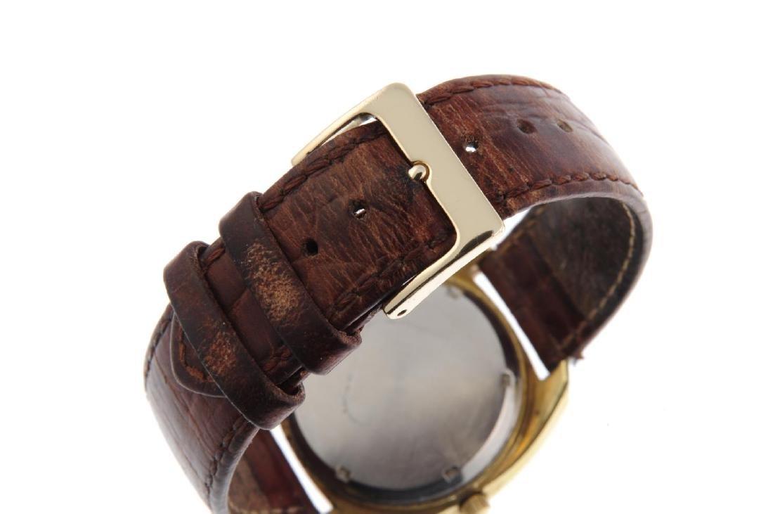 OMEGA - a gentleman's Genève F300 Hz wrist watch. Gold - 2