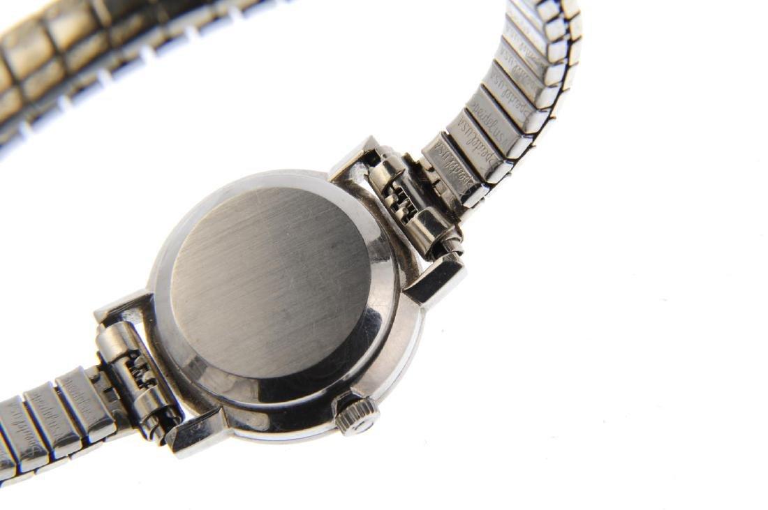 OMEGA - a lady's Genève bracelet watch. Stainless steel - 4