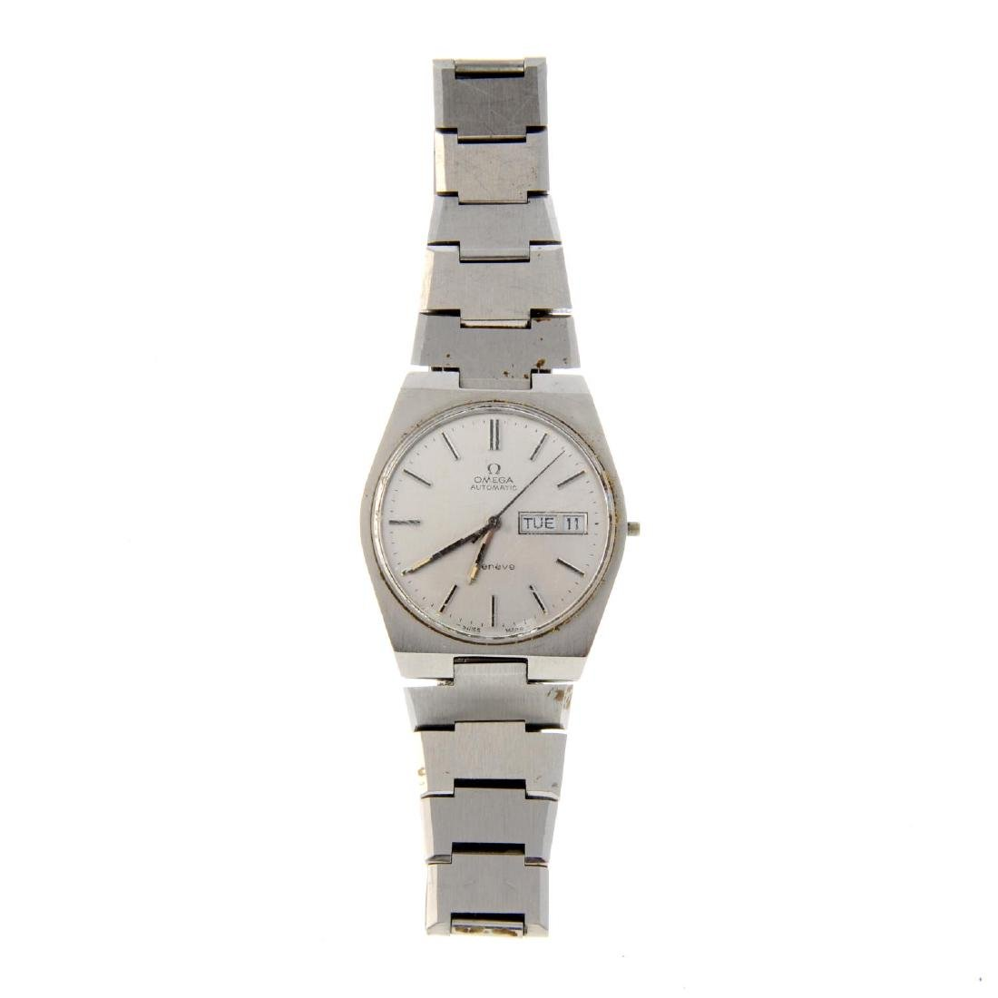 OMEGA - a gentleman's Genève bracelet watch. Stainless