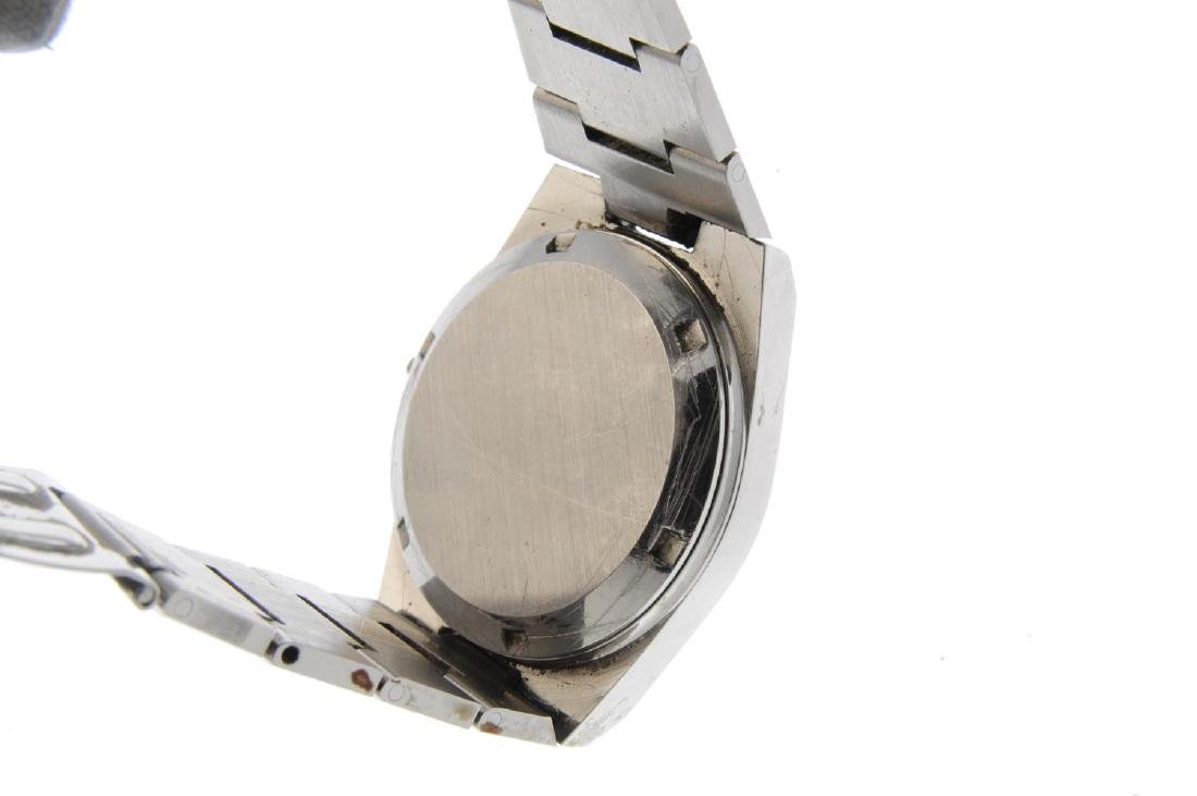 OMEGA - a gentleman's Genève bracelet watch. Stainless - 3