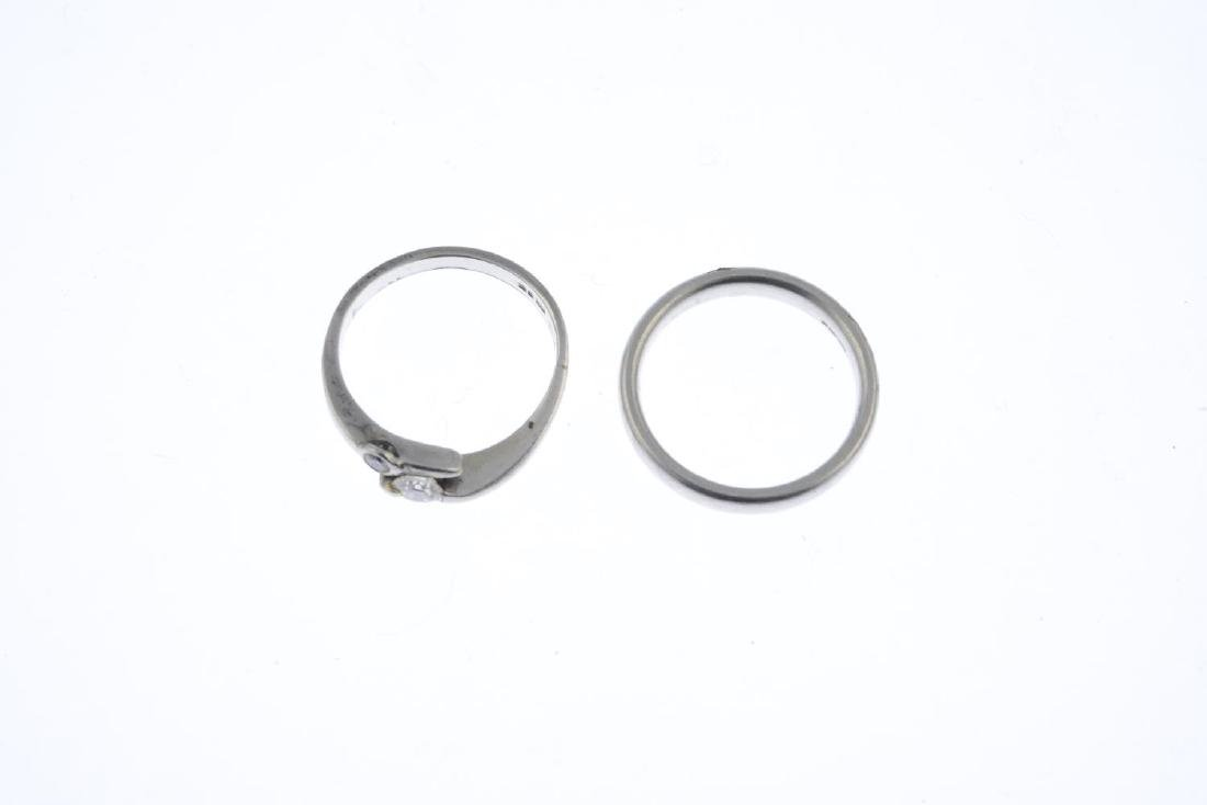 A platinum diamond two-stone ring and a platinum band - 3