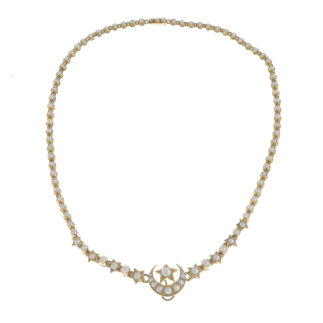 An early 20th century 18ct gold split pearl necklace. - 2