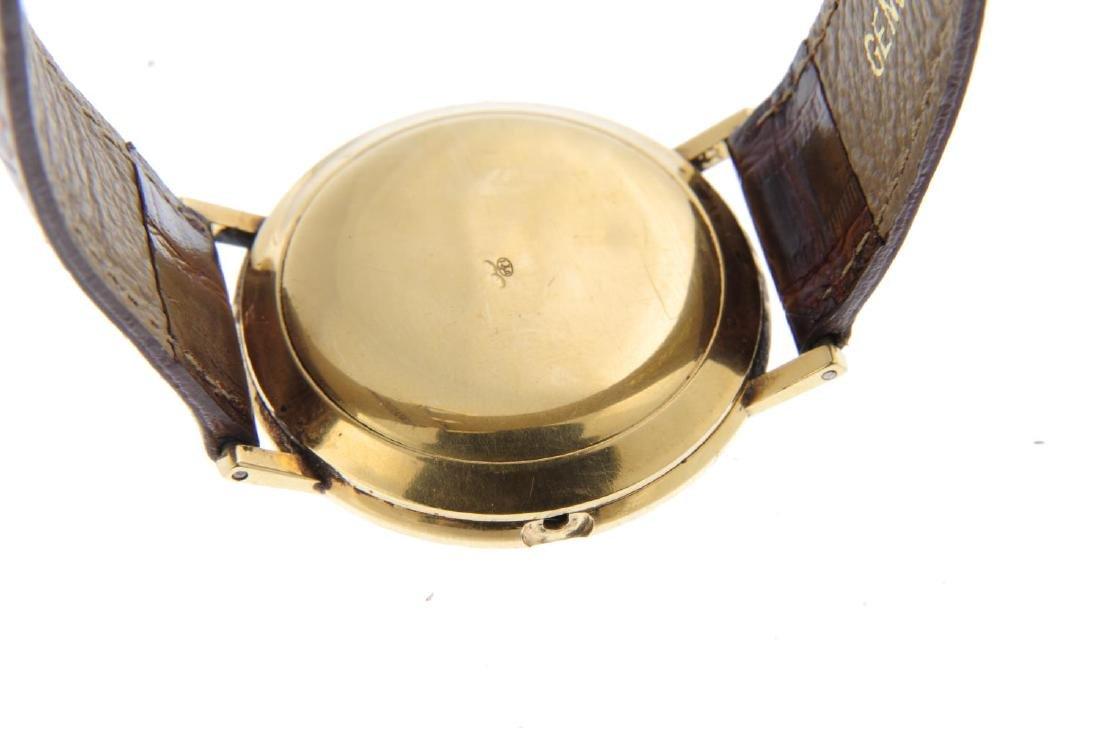 MOVADO - a gentleman's Kingmatic wrist watch. Yellow - 3