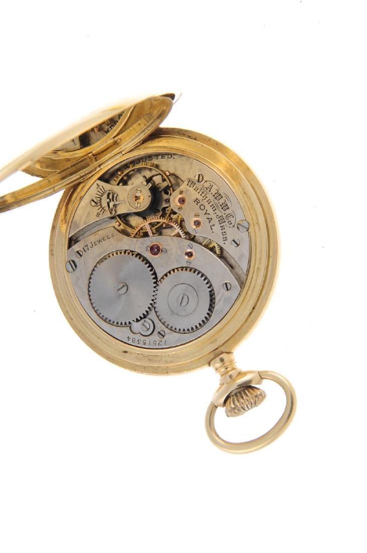 A half hunter pocket watch by Waltham. Yellow metal - 4