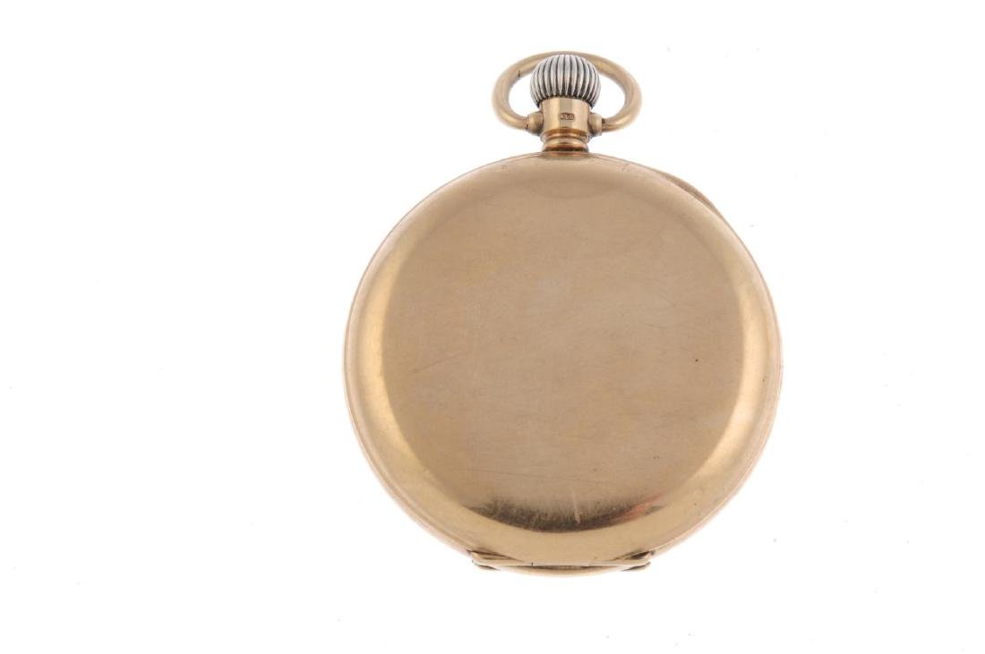 An open face pocket watch by Waltham. 9ct yellow gold - 2